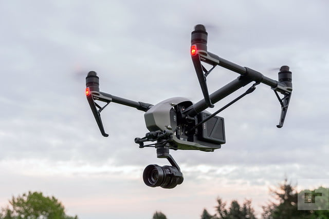 "dji-inspire-2 ""width ="" 640 ""height ="" 427 ""srcset ="" https://drones-camera.com/wp-content/uploads/2018/11/dji-inspire-2.jpg 640w, https: //drones-camera.com/wp-content/uploads/2018/11/dji-inspire-2-300x200.jpg 300w ""tailles ="" (largeur max: 640px) 100vw, 640px ""/></noscript><img class="